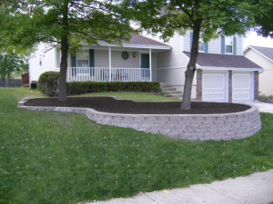 Brick Retaining Wall in Troy MI, Bloomfield MI, Birmingham MI, Beverly Hills MI, Rochester MI, Royal Oak MI, and other Oakland County Cities